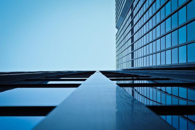 Glasreinigung Fassadenreinigung - Luna Glanz GmbH & Co KG - Professionelle Gebäudereinigung München, Facility Management München
