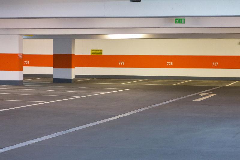 Parkhausreinigung - Luna Glanz GmbH & Co KG - Professionelle Gebäudereinigung München, Facility Management München